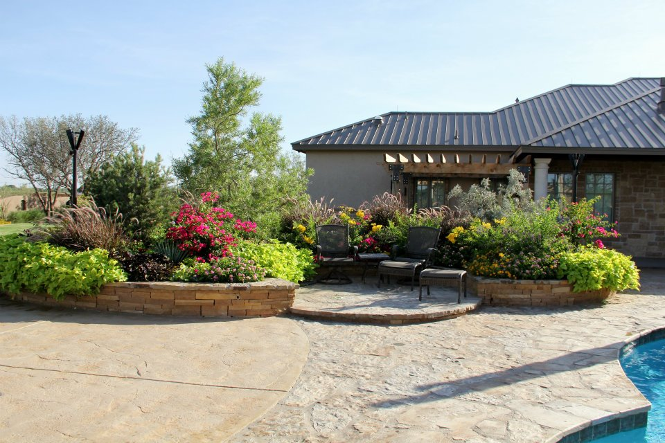Landscape design materials midland tx agave garden for Landscaping rocks midland tx