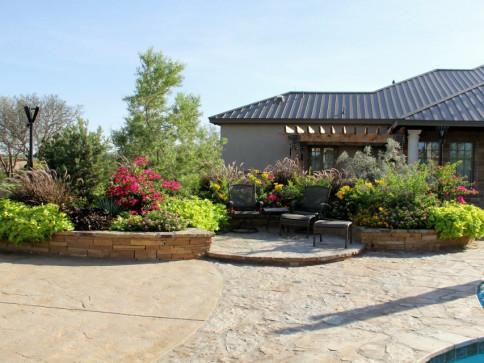 Offering a Full Service Retail Nursery & Landscape Design Service - Landscape Design & Materials Midland, TX Agave Garden